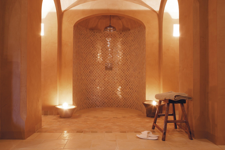 Le tadelak une salle de bain d inspiration marocaine - Enduit pour salle de bain ...