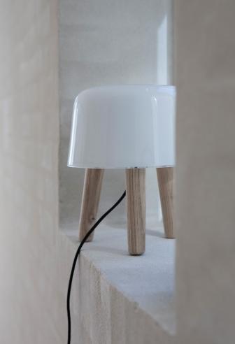 Lampe poser objet d co for Objet deco a poser sur une table